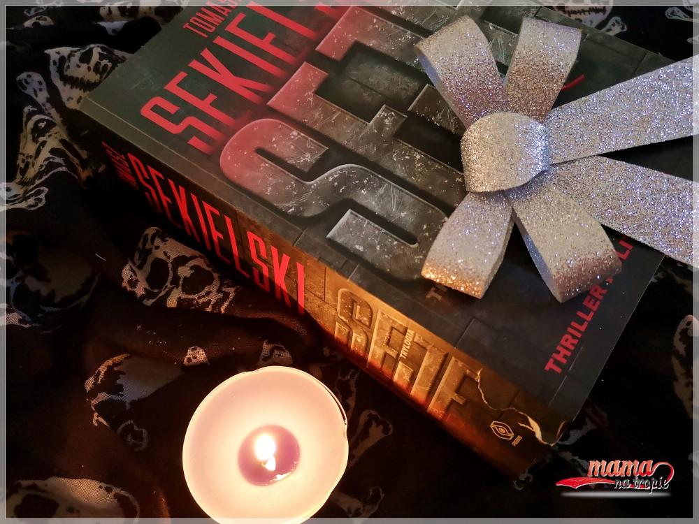 thriller polityczny, powieść, trylogia sejf, tomasz sekielski, wydawnictwo rebis